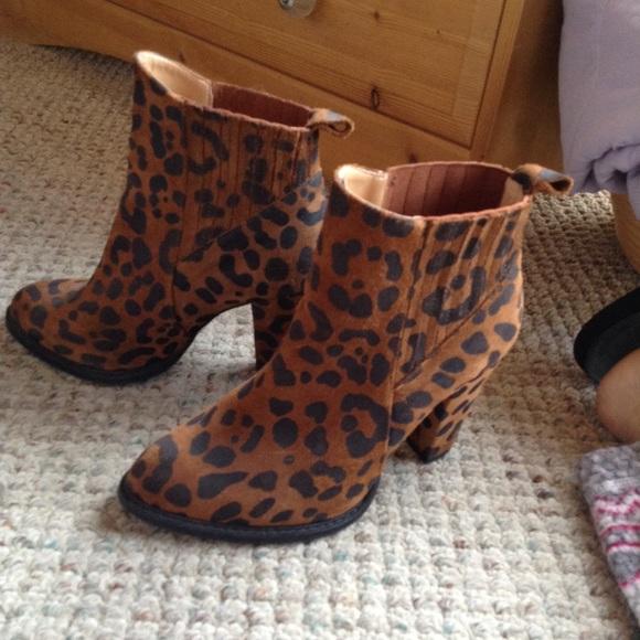 zara leopard booties